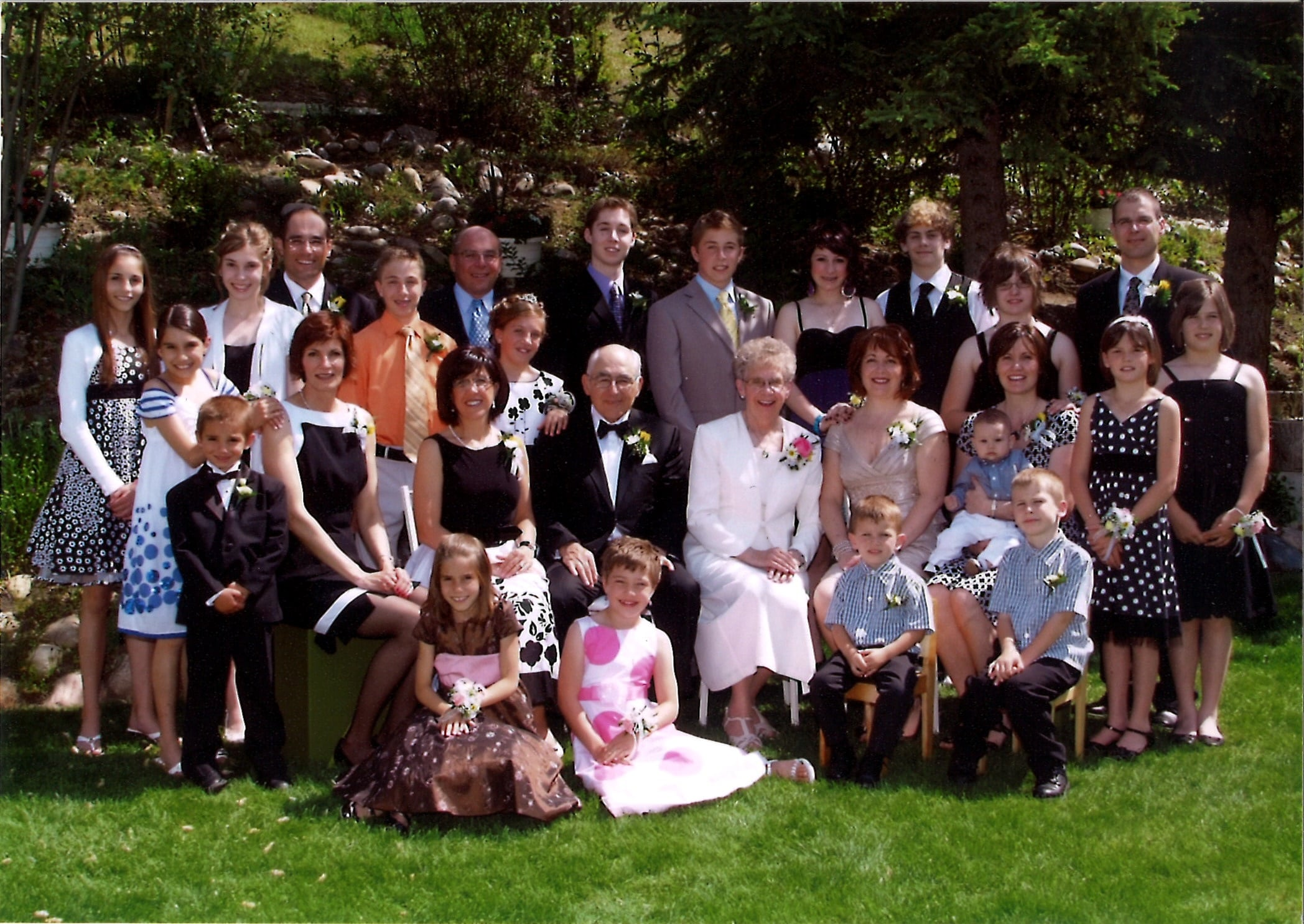 Frank Agnes Lovsin 50th Wedding Anniversary Picture min